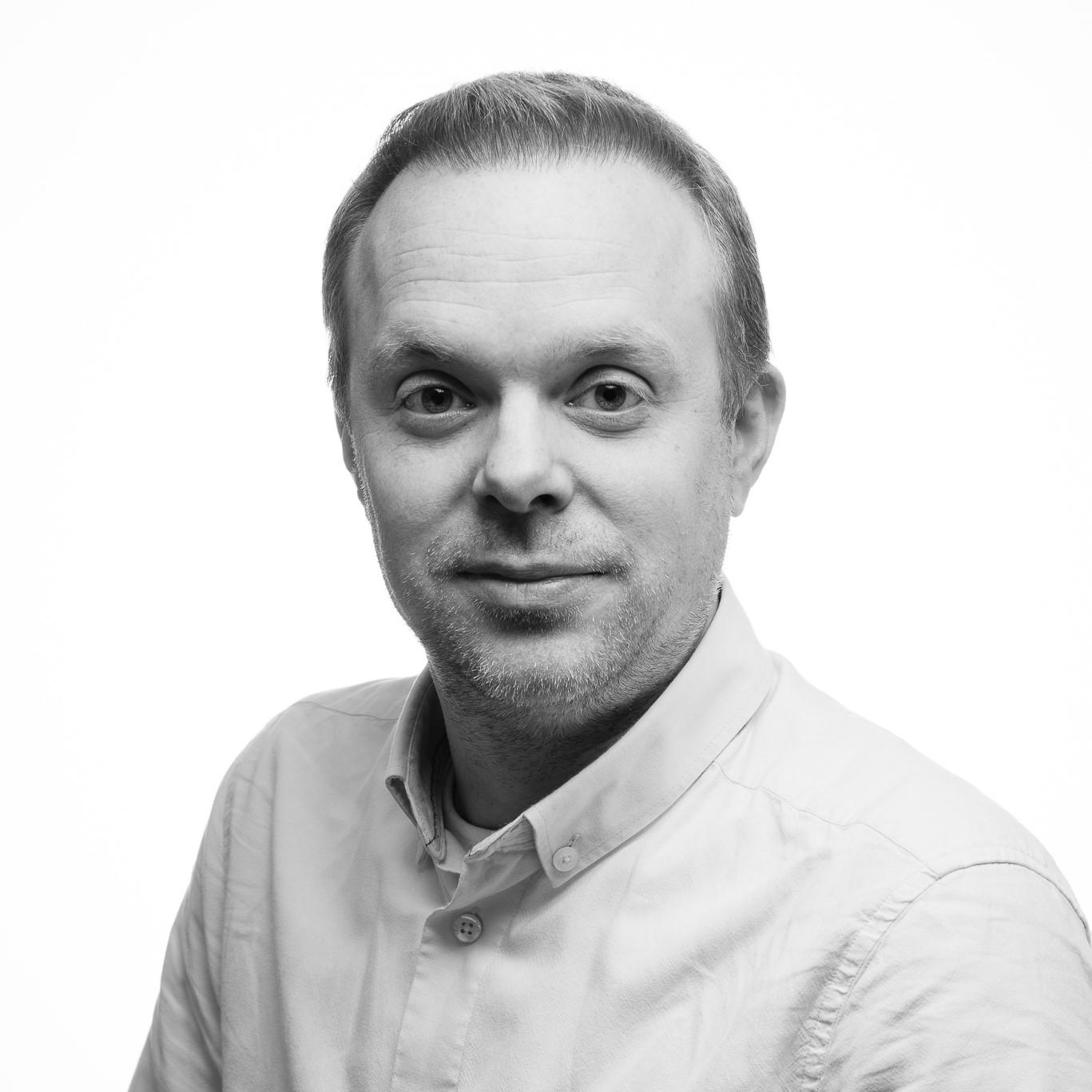 Christian - Svartvit profil