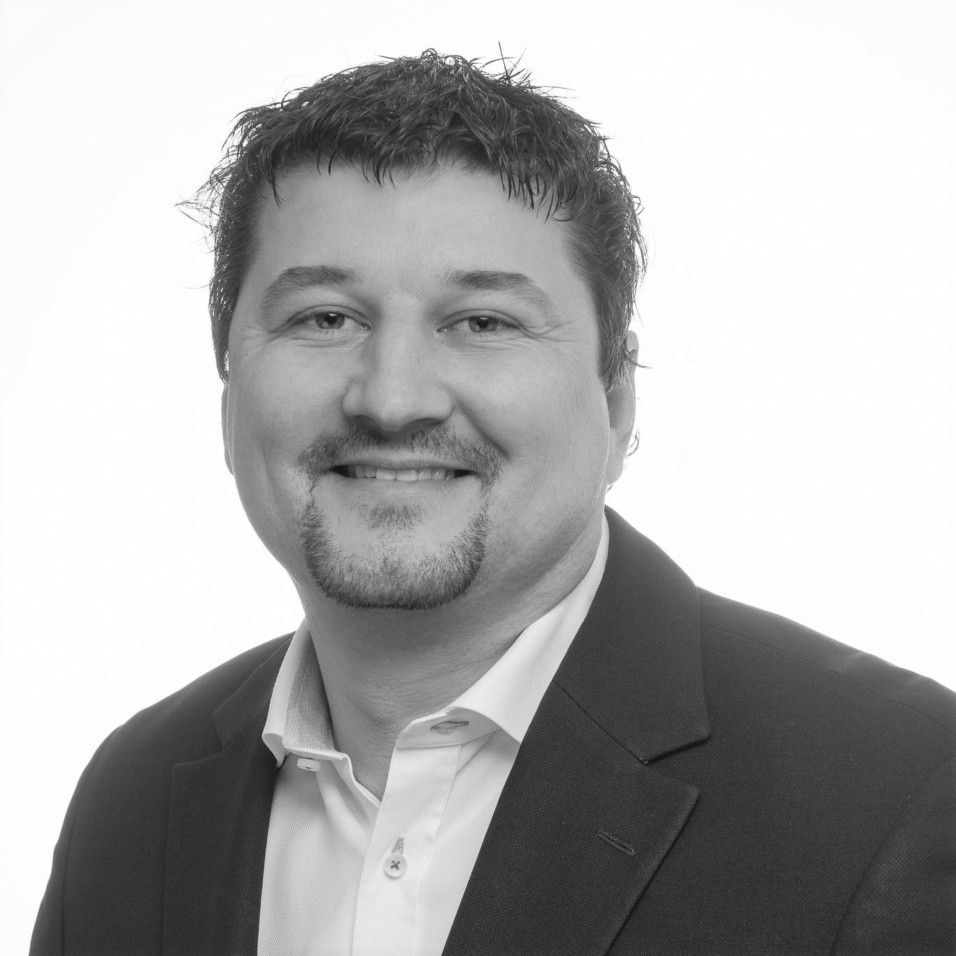 Claudio - Svartvit profil_ljusare