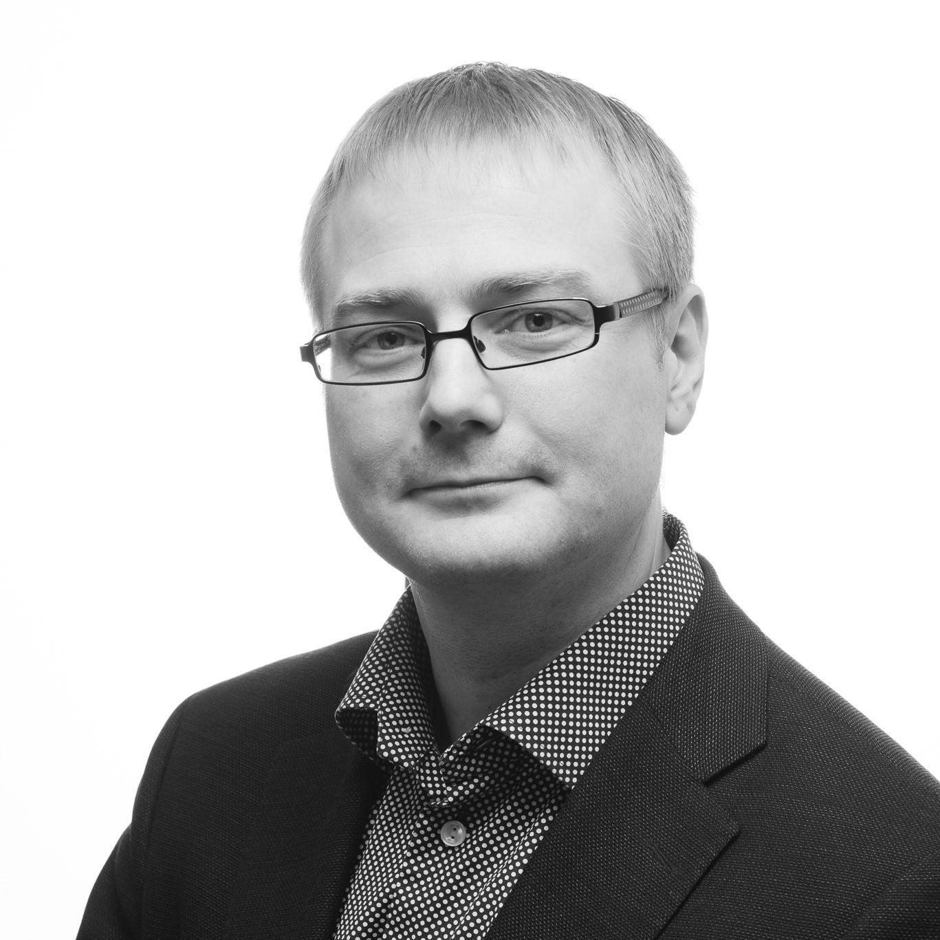 Kristian - Svartvit profil