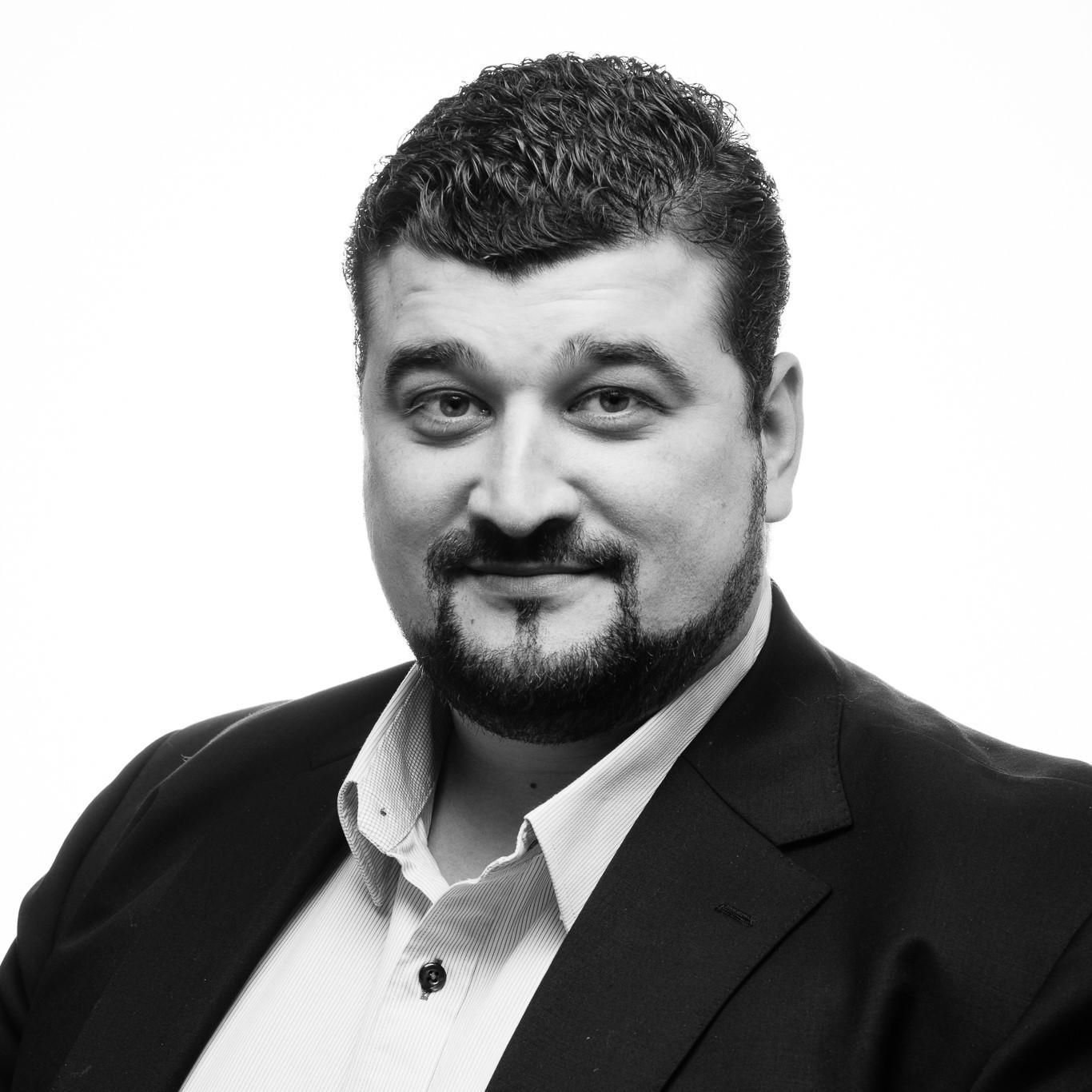 Mario - Svartvit profil